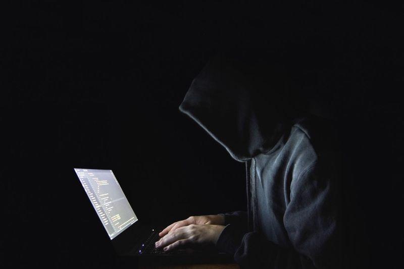 Hacking Hacker