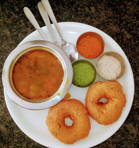 Indian Food Vada-Sambhar And Chutney Ready-to-eat Plate Close-up Shot Travelling Breakfast Tri Color Chutney's Hot And Crispy Random Acts Of Photography EyeEmNewHere Food Stories