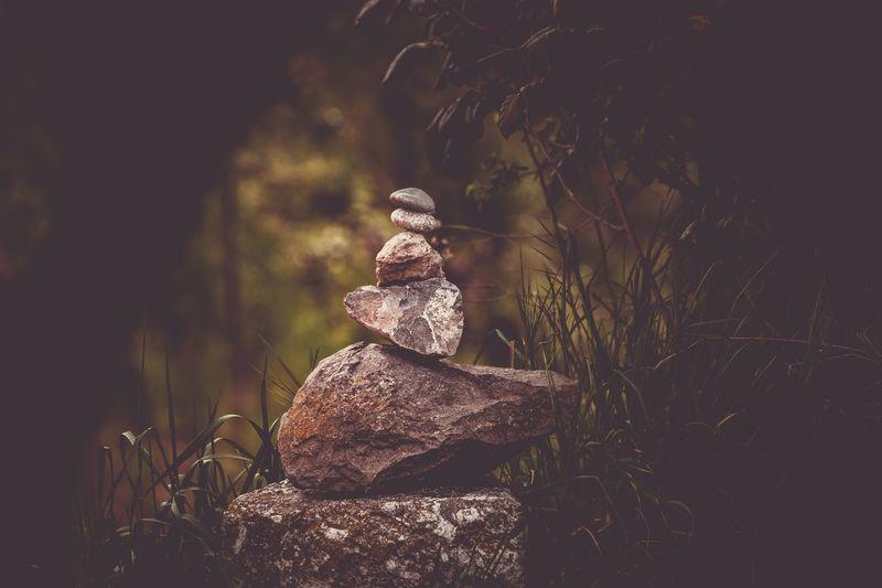 Immer versuchen in Balance zu bleiben und wenn's halt mal nicht gelingt, aufstehen und neu aufbauen 👍 Harmony Balance Art And Craft Human Representation Sculpture Statue Representation Male Likeness Creativity Nature Spirituality