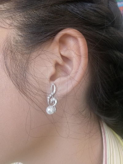 earring Earring  Accessories Pearl Ear Beautiful Women Heart Shape Full Frame Close-up Jewelry Jewelry Store