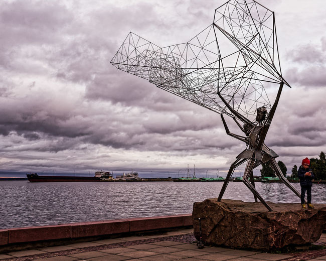 Рыбаки Cloud - Sky Horizon Over Water Horizont  Lake Made Of Metal Nautical Vessel Outdoors Sculpture Sky Water Waterfront