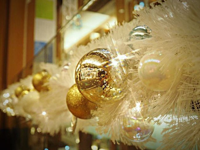 Merry Christmas 🎄 Close-up Shiny Luxury Crystal Christmas Decoration Gold Colored Christmas Ornament Indoors  Olympus Om-d E-m10 Christmas Decorations Christmas Christmasday MerryChristmas