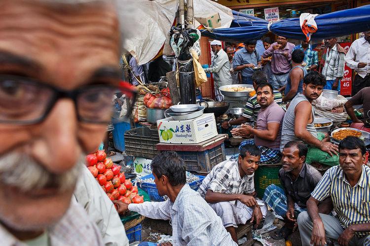 A busy street scene from Kolkata, India. Street Streetphotography Street Photography India Kolkata ASIA The Street Photographer - 2017 EyeEm Awards