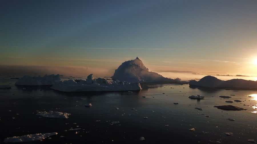 The fog is rolling in beautifully. Drone  Drone Shot EyeEm Best Shots EyeEm Best Shots - Nature EyeEm Nature Lover Icebergs Ilulissat Ilulissat Icefjord Sunset Silhouettes Sunset_collection The Real Greenland This Is Greenland Drone Photography Dronephotography Droneshot Fog Iceberg Iceberg - Ice Formation Mavic Pro Sunset Sunset #sun #clouds #skylovers #sky #nature #beautifulinnature #naturalbeauty #photography #landscape