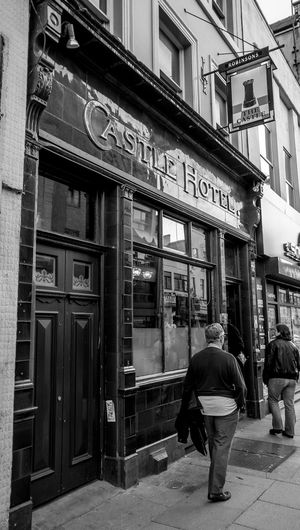 Castle Hotel, Northern Quarter, Manchester Architecture Pubs Monochrome Black And White In Manchester Manchester Northernquarter Manchester Pubs