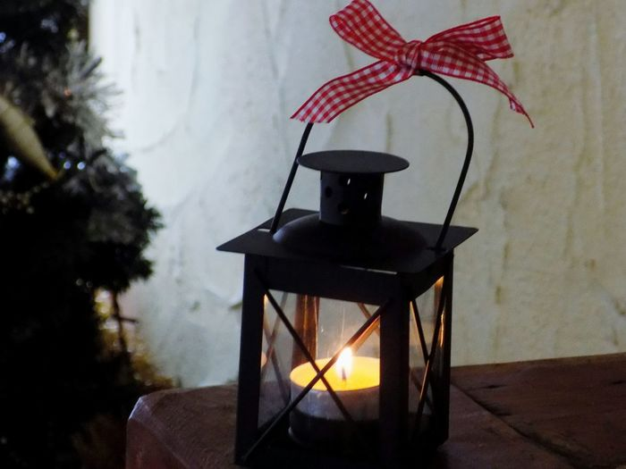 Light Candlelight Candle Lantern Luce Fire Fuoco Fuego Luz Decoration Cozy Cozy Place Ribbon Taking Photos Taking Pictures Nikon Nikonphotography Christmas No People Tree Indoors  Day