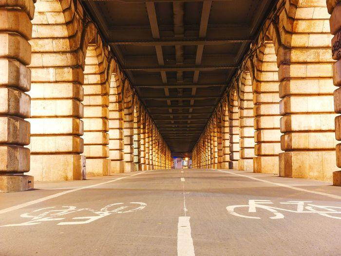 Piste EyeEm Selects Road Architecture Bicycle Lane Asphalt White Line