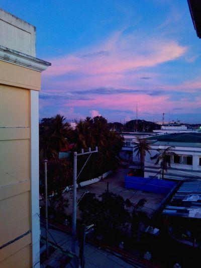 Everyday pink skies 😍 Sunset Sky EyeEmNewHere
