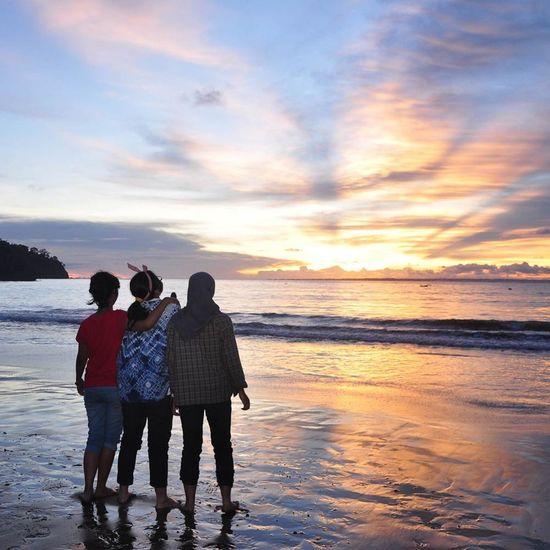 waiting for sunset Sunrise_sunsets_aroundworld Pangandaran Lanscape Photography Silhouette