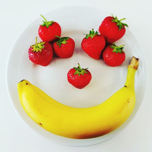 Strawberry Freshness Fruit Red Food Dessert Sweet Food Food And Drink Healthy Eating No People Healthy Lifestyle Ready-to-eat Day Indoors  Smile Banana Dish Clean Face Happy