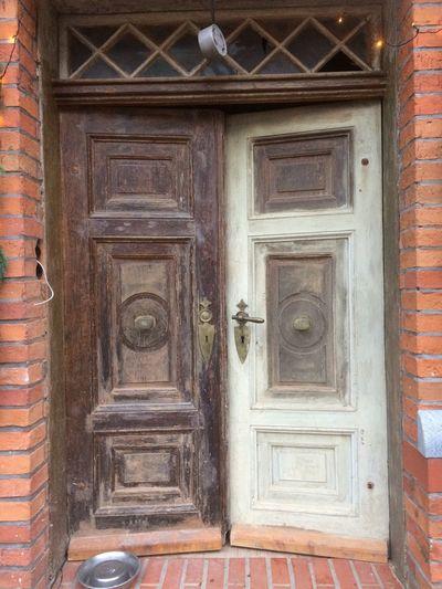 Architecture Door Front Door Old House Still Life Stilleben Mobilephotography EyeEmNewHere EyeEm Nature Lover Brandenburg Prignitz Bad Weather Rainy Days Pattern Art And Craft