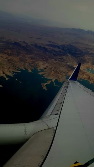 Traveling AirPlane ✈ Water Mountains Airplane Wing Airplane View Delta Airlines Traveling Photography Scenery💋 Water_collection Lake View Lakescape Mountain View Mountainscape Mountains And Valleys ValleyStream Valleys Blue Water Flying High Done That.