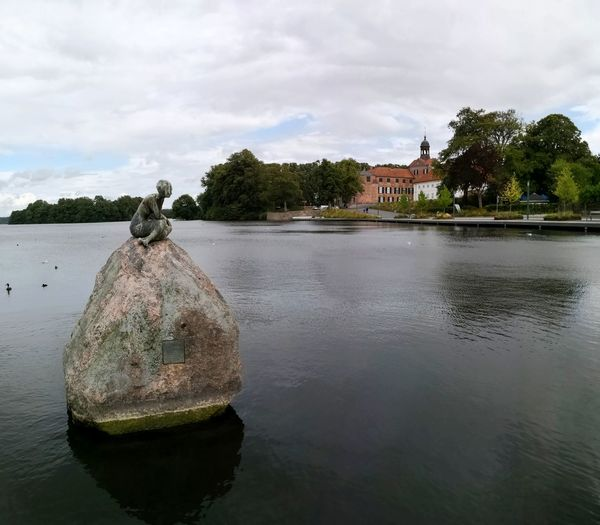 Eutin Schloß castle Schloss Eutin Eutiner Schloss Water Tree Flood Lake Reflection Sky Cloud - Sky Swimming Floating In Water