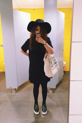 Hel-loo. Haircut Ootd Hat Minimalism Toilet LONDON❤ Station Selfie ✌ It's Brogues