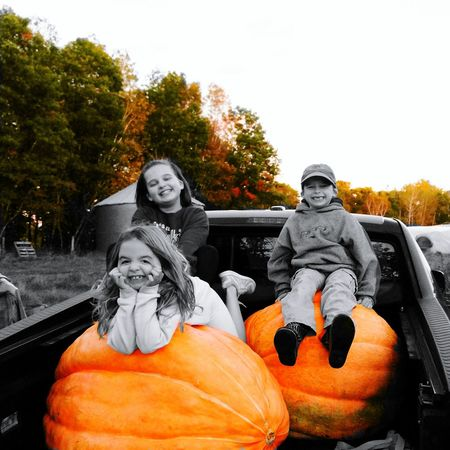 "Picked up some ""small"" pumpkins at grandma and grandpa's farm tonight... 🎃🍁🍂 Fall Season Fall Collection Fall Fall Colors Orange Color Pumpkin Pumpkins Giantpumpkin Kids Being Kids Farm Farm Life Homegrown Orange Colorsplash Blackandwhite Fallcolors Americana Happydays Gardenfresh Multi Colored Colorful Enjoying Life Outdoors Smalltownusa"