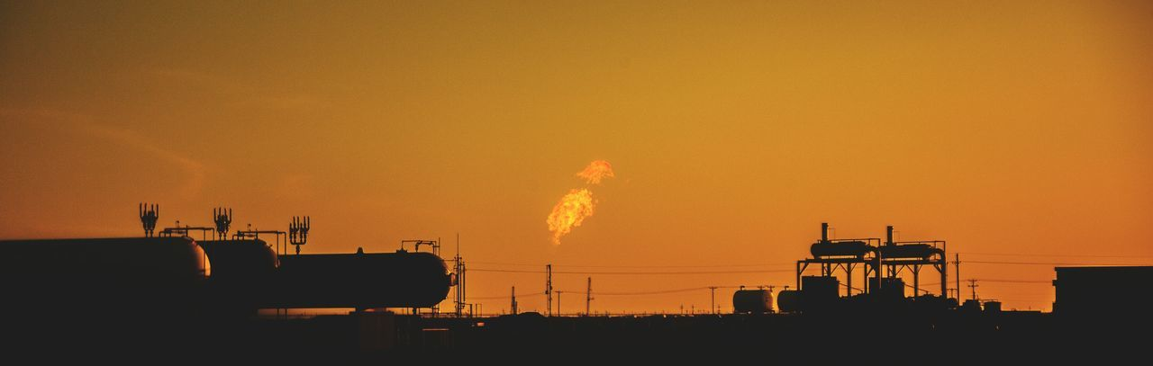Oil Flare Refinery Oil Refinery Flames Texas Morning