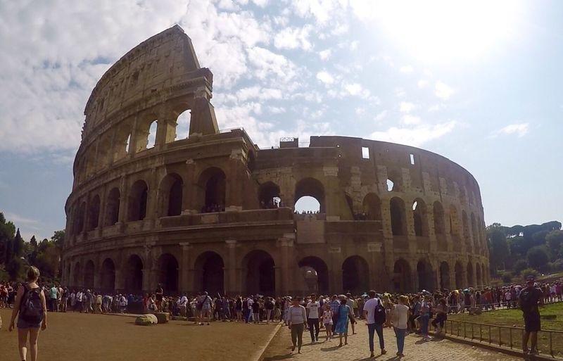 Rome Italy Colloseum Gladiator Lost In The Landscape Moving Around Rome