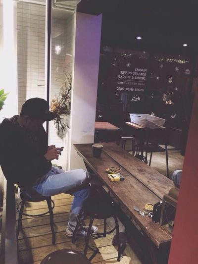Coffee Afternoon Taipei Taiwan Lazy Coffeeshop Boy Latte Cafe Americano Awaketilsleep
