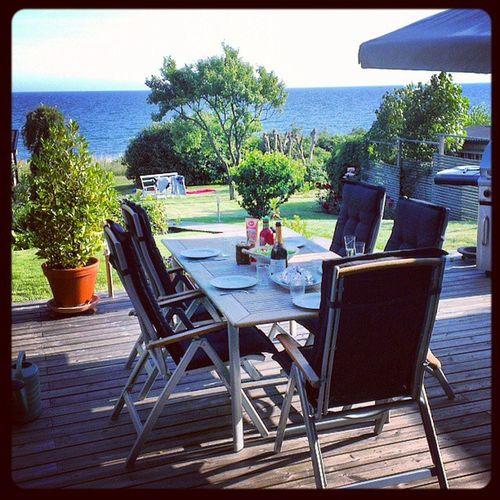 Semester, är någon dag i Svarte i Nils hus. Inte helt fel med denna utsikten. Svarte Sweden Semester HTCOneX hav strand