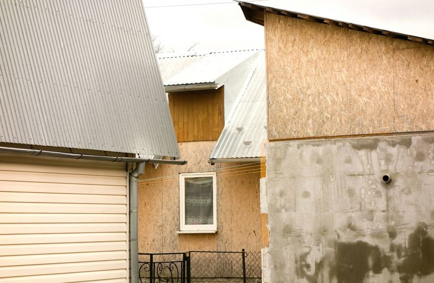 Building Exterior Architecture Built Structure Roof House Corrugated Iron Outdoors Residential Building Window No People Day The Week On EyeEm Rethink Things