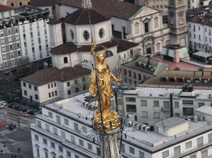 Madonnina in milano