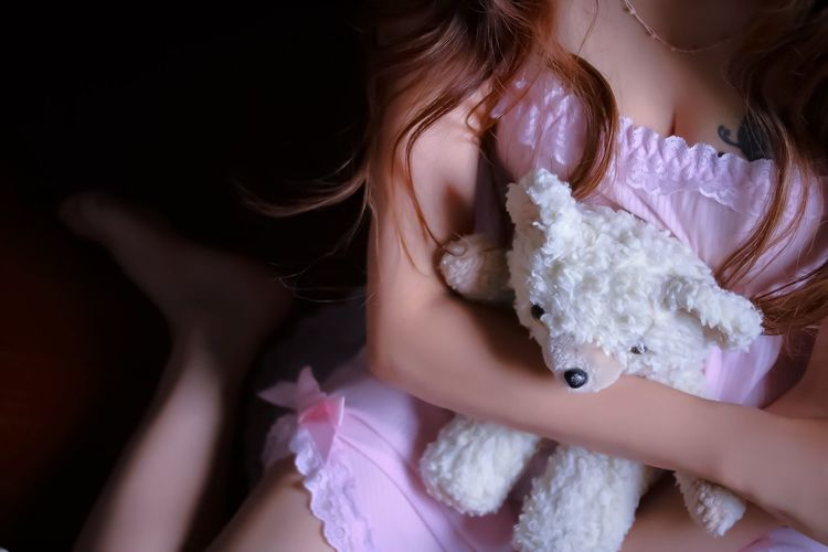 childhood friend🐻 My Unique Style Lingerie Fafa Stuffed Toy ThatsMe Self Portrait Real People One Person Innocence Lifestyles Close-up Day People Human Body Part Enjoying Life Enjoying Myself
