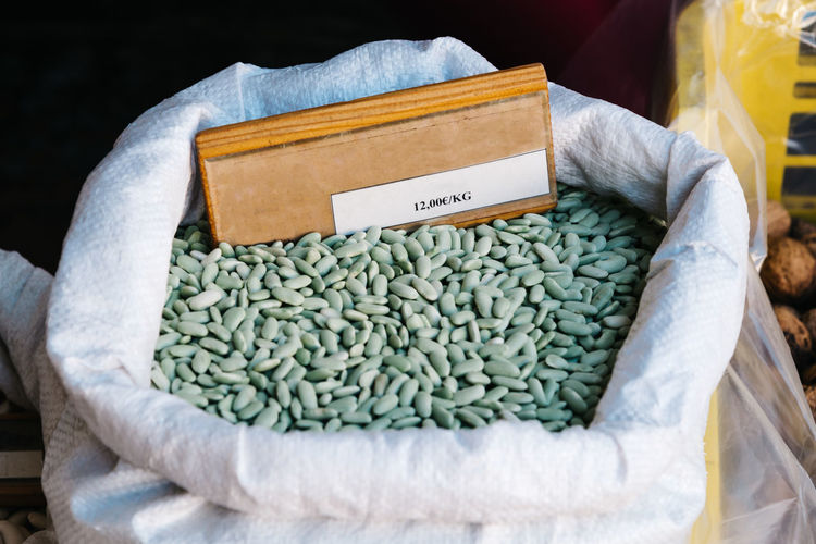 Green beans legume in sack in food market in cangas de onis, asturias, spain
