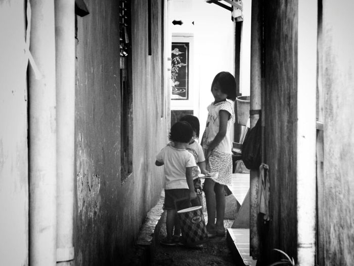 tried to explain through pics how crowded neighborhood in Pulo Geulis, Bogor EyeEm Jakarta Meetup 3