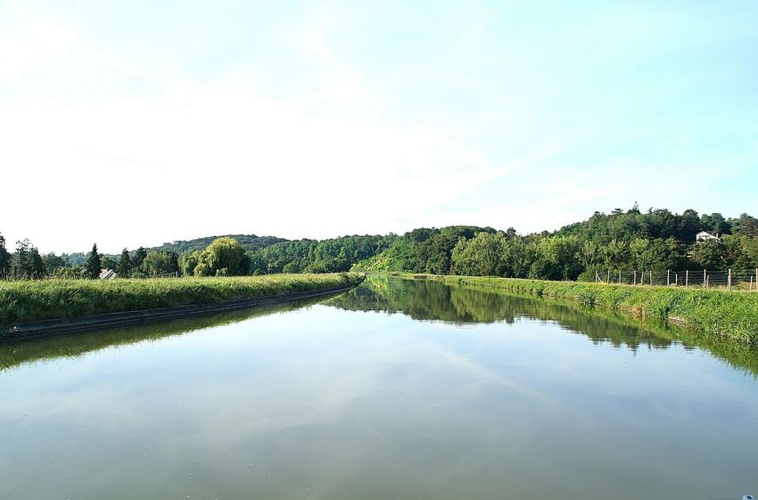 Tranquil Scene Tranquility Reflection Beauty In Nature Sky No People Love Family Memories Apprendre La Photo Summer 2016 Bonheur Tourisme From My Point Of View Solitude Love Photography Paysage Région Centre Canal De Briare Au Calme Sous Le Charme Serenity