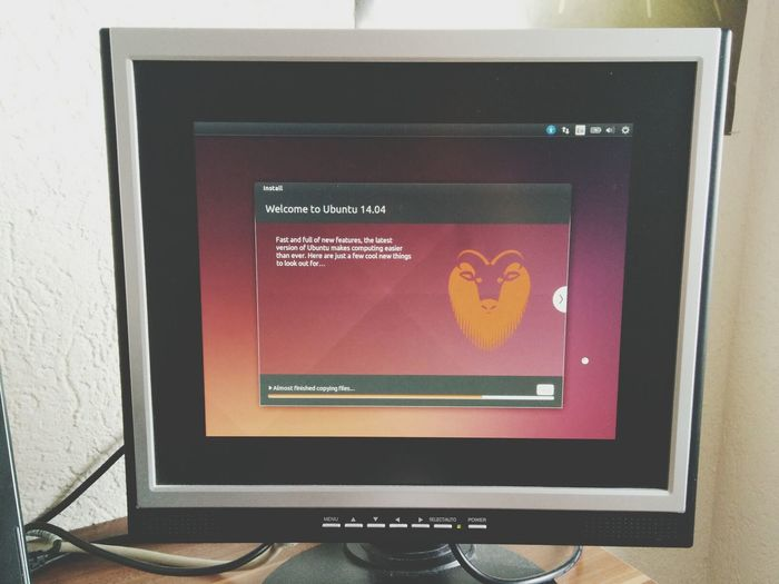 Trying the new Ubuntu. Depending on the 5 times I broke my system in the last 6 months I thought VirtualBox could do it for now. ?