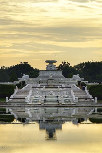 Scott Fountain at Dawn Symmetry Monument Dawn No People Water EyeEm The Week On EyeEm EyeEm Selects EyeEmNewHere Outdoors Sky Tranquility Sunrise - Dawn Sunrise And Sunsets Sunrise Reflection Dawns Early Light Dawn Of A New Day Sunrise_Collection Fountain_collection Detroitlove DetroitMichigan Detroit, MI Belle Isle Detroit Reflection Obsession Reflection_collection Paint The Town Yellow