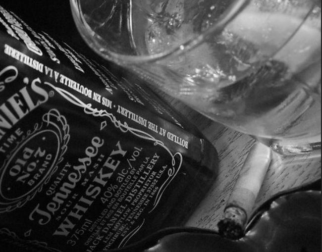 hollllllaaa. Whiskey And Cigarettes Aaaaahhhhhhh!!!!!.