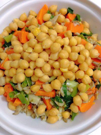 Chickpeas Sweet Potatoes Green Onion Vegetables Vegan Food Vegetarian Food My Dinner POV 365 Photos In 2015 Healthy Food
