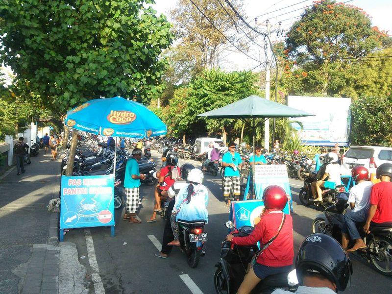 Bali Sanur Beach パリ サヌール Bikes バイク 渋滞 Traffic Jam