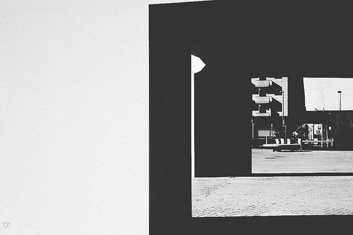 Sombras y luces. [Camara: Sony Alpha a3000] Vscocam VSCO Vscogood Sonyalpha Alpha3000 Sonyimages Sony_shots Picoftheday All_shots Bestoftheday Photooftheday Snapshot Igers Instagood Granada Ig_granada Loves_granada Ok_granada Ok_andalucia DreamingGranada Landscape Light Shadows Architecture