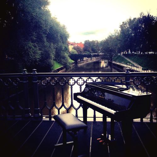 Piano on the