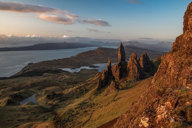 Formation Morning Light Rock Formation Scotland The Old Man Of Storr Wonders Of Nature Beauty In Nature Landscape Mountain Range Nature Remote Rock Sunrise Travel Destinations The Great Outdoors - 2018 EyeEm Awards The Great Outdoors - 2018 EyeEm Awards