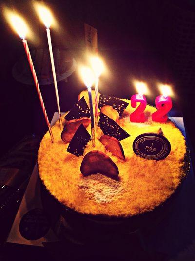 나의22번째 생일으로 감사합니다 굥,효,일,별 사랑해요!