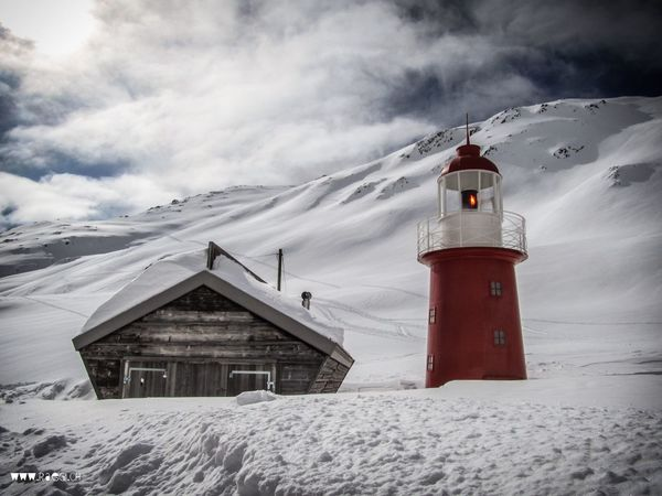 Oberalppass Graubünden Uri Winter Leuchtturm Lighthouse Snow Stall Andermatt  Snow ❄