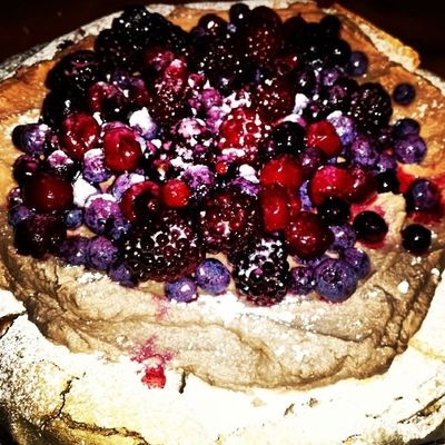 Pavlova with Chocolate Cream and Mixed Berries ????? MerryChristmas Madefromscratch IIsMarriageMaterial