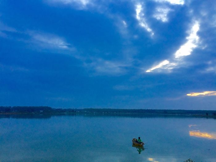 Sky Water Nature Scenics Beauty In Nature Cloud - Sky Sea Tranquil Scene Outdoors Waterfront Nautical Vessel Day Horizon Over Water No People
