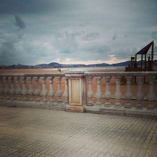 Laredo Playa Nublado Aburrimiento like