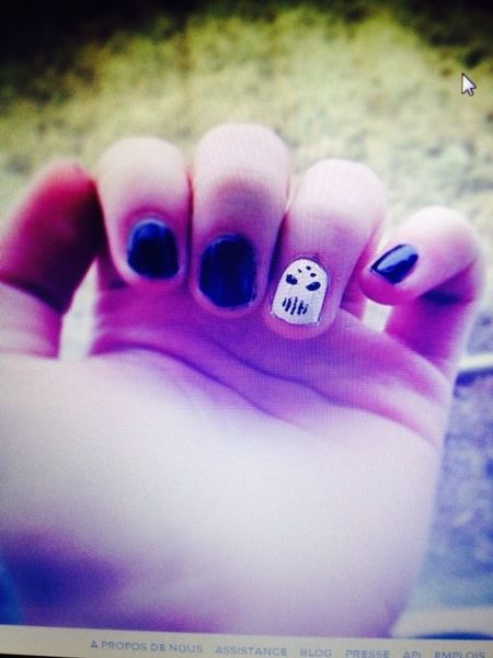 Manucure Angerfist Love Ongles
