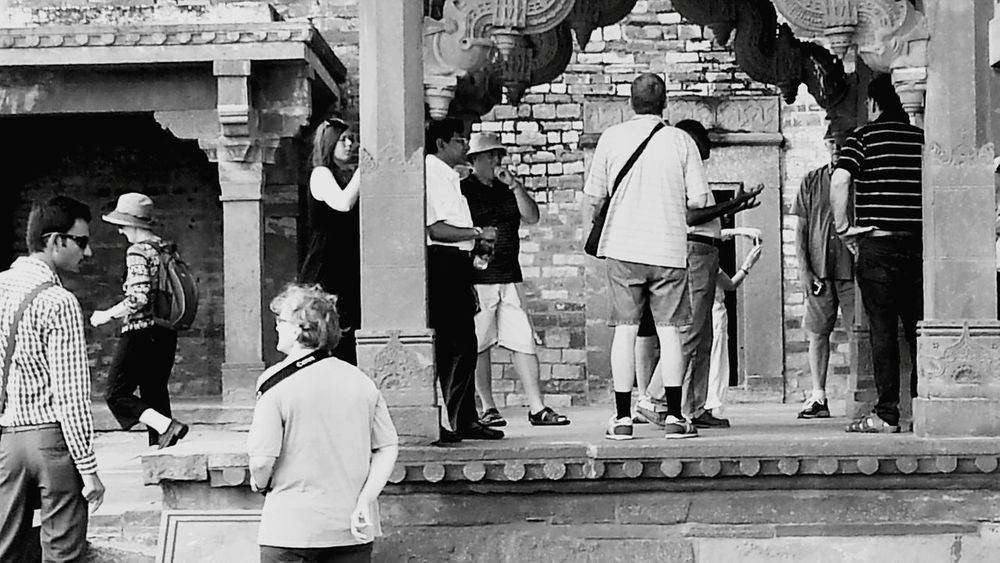 The Visitors at Fatehpur Sikri, Agra. The Traveler - 2015 EyeEm Awards The Great Outdoors - 2015 EyeEm Awards Taking Photos Check This Out at Fatehpur Sikri India