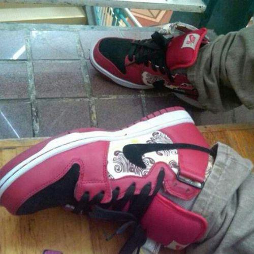 Bf's Nikesblinoleums ♥ Nikeph Nikesbph Nikesb Shoes Kicks Red White Feet Collection Happiness