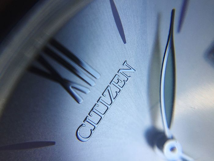 Watches Reloj Watch Text Western Script Communication Close-up Indoors  No People Paper Selective Focus Art And Craft