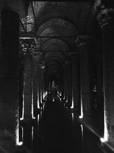 Yerebatan Sarnıcı YerebatanSarayı TheBasilicaCistern Basilica Cistern Monochrome Bnw Blac&white  Blackandwhite Istanbul Konstantinopolis