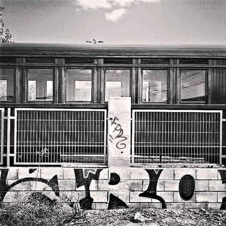 Black And White Train Graffiti  PAISAJE URBANO Madrid