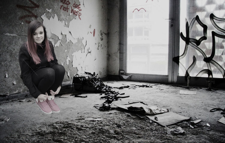 lost memories Girl Lostplaces Lostplace ContrastPhotomanipulation Photoshop Bittersweet Life Dark Shootermag Lucky's Memories Lucky's Monochrome Sadness EyeEm Gallery EyeEm Best Edits EyeEm Best Shots Alone Mood Artistic Photo Monochrome Abandoned Abandoned Places Graffiti Surrealism Photoshop Compositing Digital Art