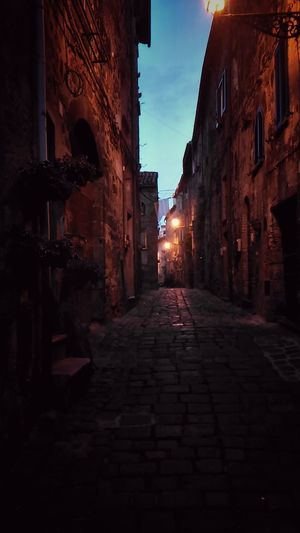 Medioeval Cities Bolsena Bolsenalake Bolsena Village Night Lamplights Streetview Narrow Street Narrowpath City At Night Romantic Stroll